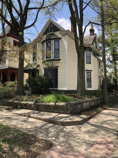 Louisville KY Single Family Home For Sale: $329,900