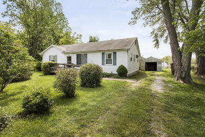 Oldham County Single Family Home For Sale: 3120 Cedar Point Rd