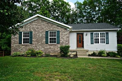 Spencer County Single Family Home For Sale: 724 Hickory Woods Dr