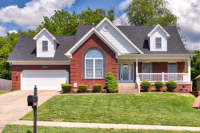 Louisville Single Family Home For Sale: 9705 Keeling Place Ct
