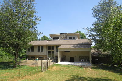 Fisherville Single Family Home For Sale: 17500 Creek Rock Rd