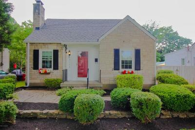 Louisville KY Single Family Home For Sale: $220,000
