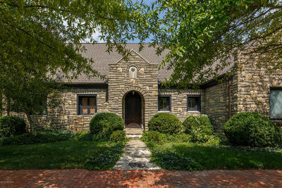 Louisville Single Family Home For Sale: 213 Buckland Trace
