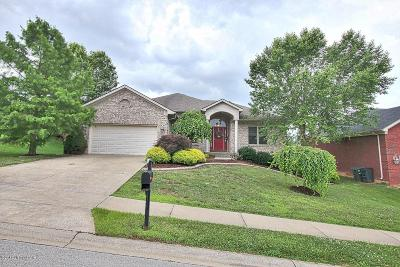 Jeffersonville Single Family Home For Sale: 3011 New Chapel Rd