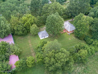 Jefferson County Single Family Home For Sale: 1108 N Pope Lick Rd