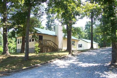 Grayson County Single Family Home For Sale: 694 Beauchamp Cemetery Rd