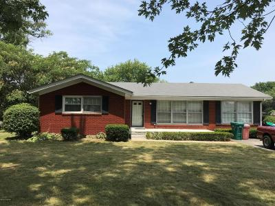 Shelbyville Single Family Home For Sale: 1635 Greenland Park Cir