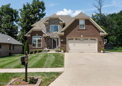 Shepherdsville Single Family Home For Sale: 355 Deep Creek Dr