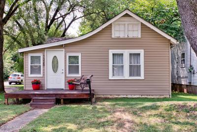 Louisville Single Family Home For Sale: 1320 Weller Ave