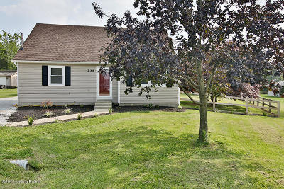 Bullitt County Single Family Home For Sale: 335 Clearview Dr