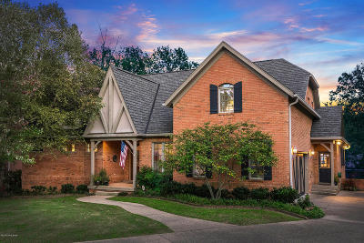 Single Family Home For Sale: 705 Hollingsworth Pl
