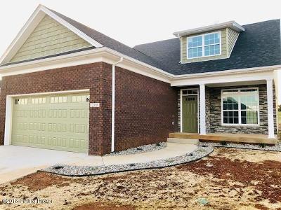 Vine Grove Single Family Home For Sale: 219 Royal Birkdale Ct