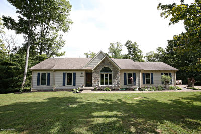 Crestwood Single Family Home For Sale: 4729 Grand Dell Dr