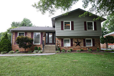Jeffersontown KY Single Family Home For Sale: $220,000