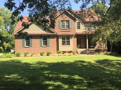 Shelbyville Single Family Home For Sale: 482 Clear Creek Rd