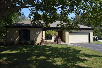 Louisville Single Family Home For Sale: 4003 Ciremos Terrace
