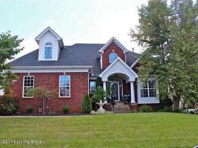 Louisville Single Family Home For Sale: 6605 Poplar Forest Ln