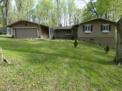 Oldham County Single Family Home For Sale: 5311 Barkwood Dr