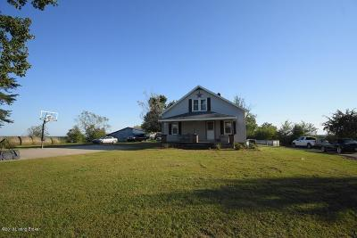 Trimble County Single Family Home For Sale: 821 Starks Ln