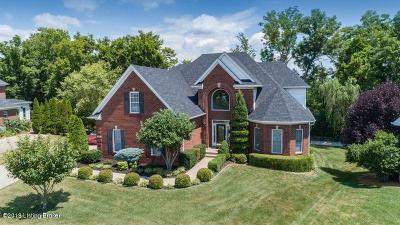Louisville Single Family Home For Sale: 518 Gablewood Cir