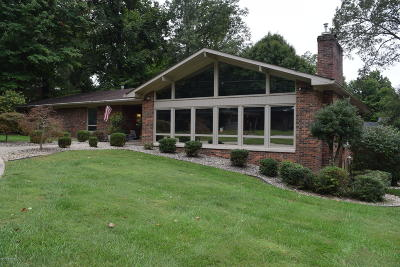 Elizabethtown Single Family Home For Sale: 807 Sunrise Ln