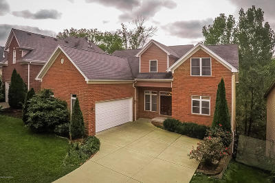 Louisville Single Family Home For Sale: 2626 Phoenix Hill Dr