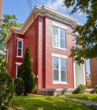 Louisville Single Family Home For Sale: 227 E Oak St