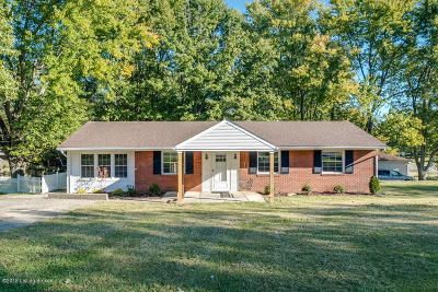 Oldham County Single Family Home For Sale: 6807 Crestview Dr