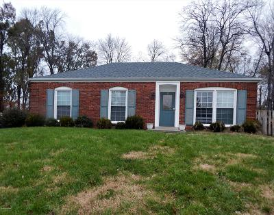 Louisville KY Single Family Home For Sale: $158,900