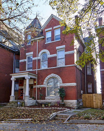 Old Louisville Multi Family Home For Sale: 502 W Saint Catherine