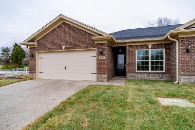 Condo/Townhouse For Sale: 8127 Delta Cir