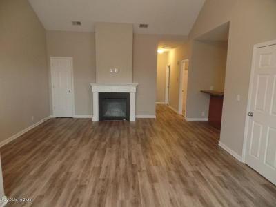 Condo/Townhouse For Sale: 315 S Dorsey Ln
