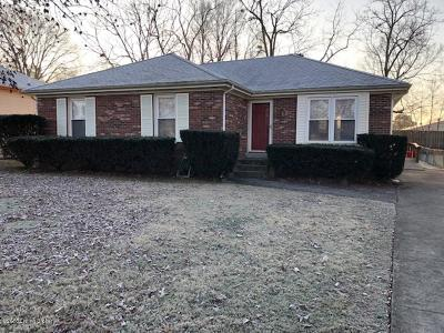 Louisville Single Family Home For Sale: 1705 Meadowgate Ln