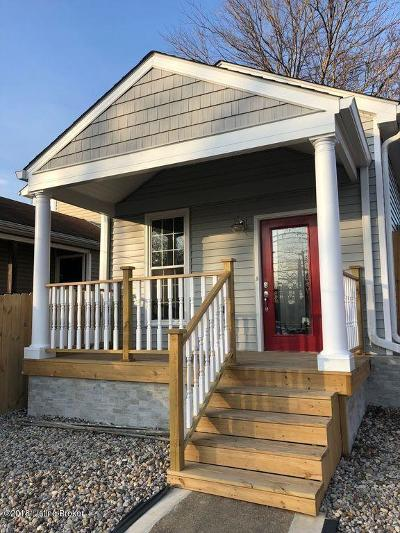 Louisville Single Family Home For Sale: 951 E St. Catherine St