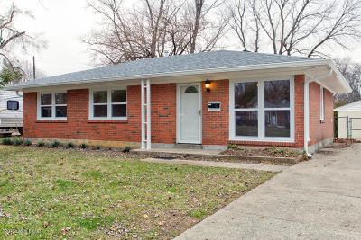 Louisville Single Family Home For Sale: 2429 Proctor Knott Dr