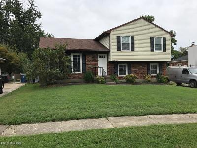 Louisville Single Family Home For Sale: 8210 Rochelle Rd