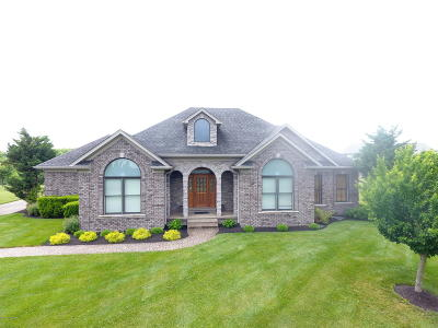 Jeffersonville Single Family Home For Sale: 111 Bluff Ridge Rd