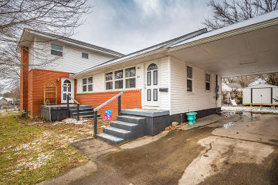 Elizabethtown Single Family Home For Sale: 404 Lee Rd