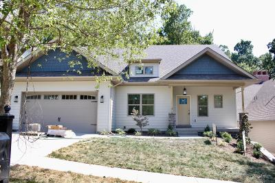 Oldham County Single Family Home For Sale: 915 Artisan Pkwy