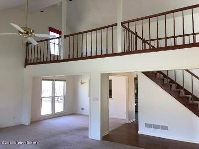 Oldham County Single Family Home For Sale: 3711 E Locust Cir