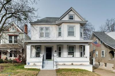 Single Family Home For Sale: 128 N Bellaire Ave