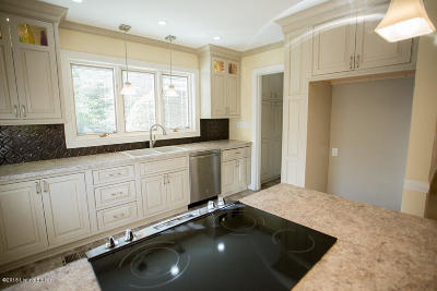 Single Family Home For Sale: 2309 Cross Hill Rd