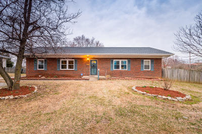 Single Family Home For Sale: 5327 Barnes Dr
