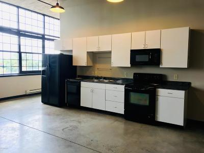 Condo/Townhouse For Sale: 2520 S 3rd St #414