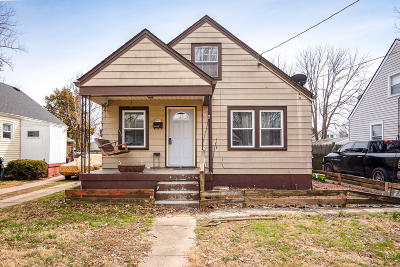 Single Family Home For Sale: 1406 McCoy Ave