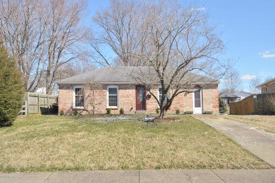 Louisville Single Family Home Active Under Contract: 10813 Golden Dr