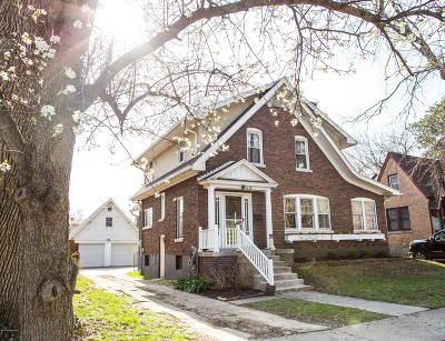 Single Family Home For Sale: 416 Oxford Pl