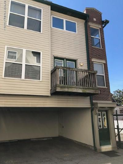 Condo/Townhouse For Sale: 943 Baxter Ave #101
