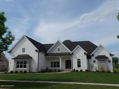 Louisville Single Family Home For Sale: 4945 Spring Farm Rd