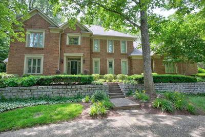 Single Family Home For Sale: 1012 Anchorage Woods Cir